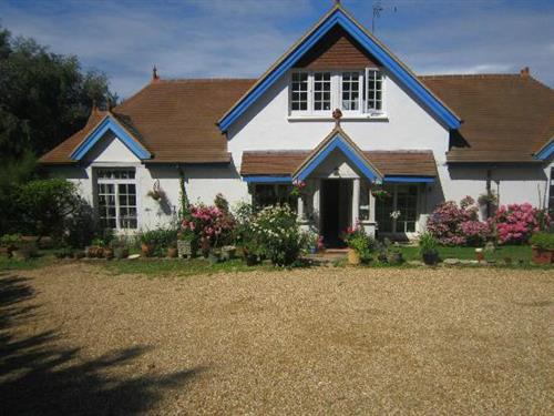 A luxury Bed & Breakfast in a secluded part of Freshwater Bay, Isle of Wight